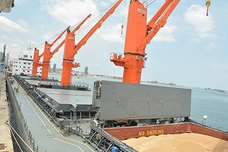 A GMA pode receber até 500 toneladas por hora e armazenar até 60 mil toneladas de matéria prima